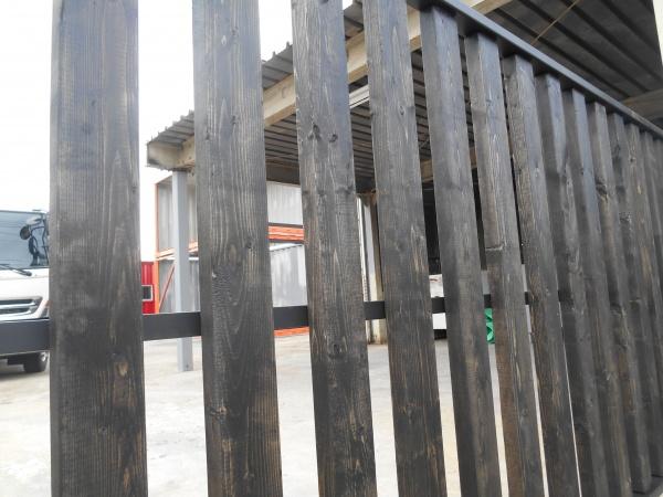 入口の拡張工事