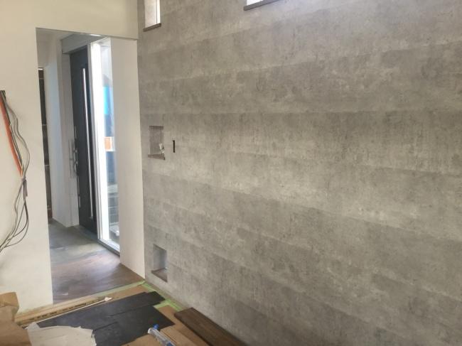 新事務所の壁